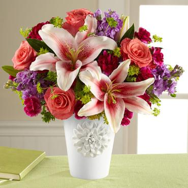 The California Chic™ Bouquet for Kathy Ireland Home